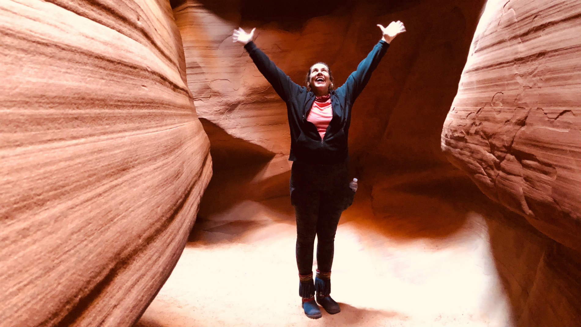 Suzanne Worthley in Antelope Canyon